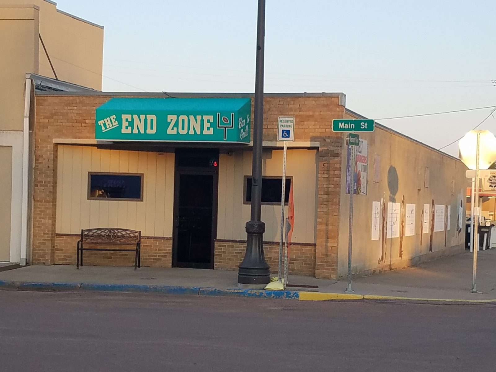 The End Zone Bar & Grill