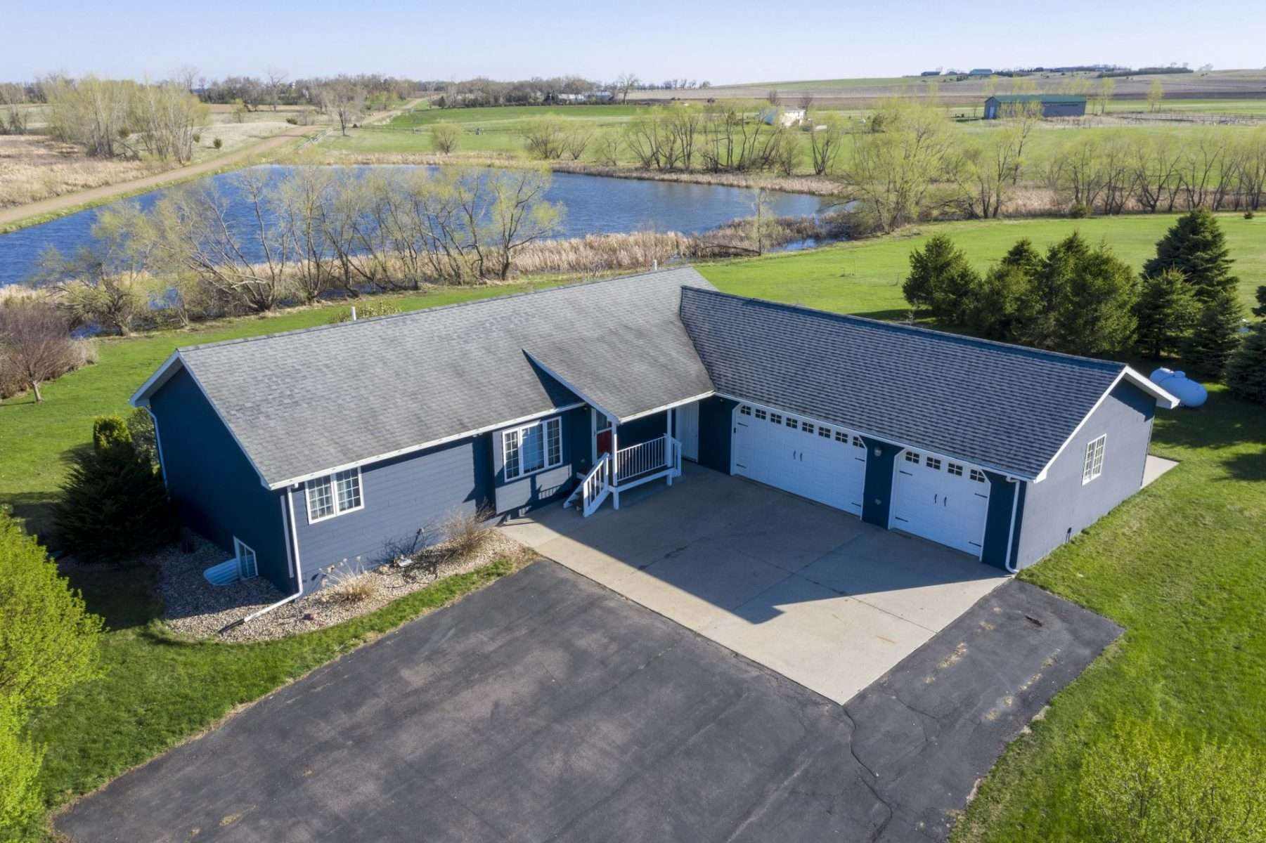 45791 237th St. - Madison, SD  57042